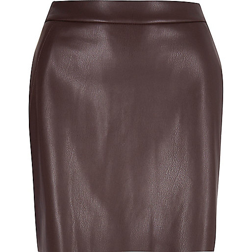 Dark purple leather look mini skirt