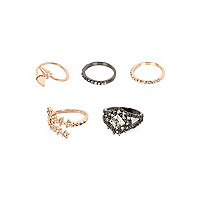 Gold and gunmetal tone rings pack