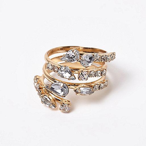 Goldener Ring mit Schmuckstein