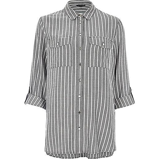 Chemise ample à rayures gris foncé