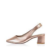 Escarpins en cuir or rose avec bride arrière