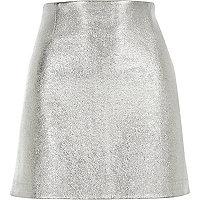 Silver metallic pelmet skirt