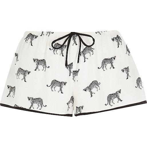 Weiße Pyjama-Shorts mit Cheetah-Print