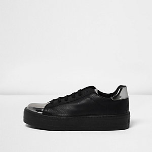 Black metallic trim platform sneakers