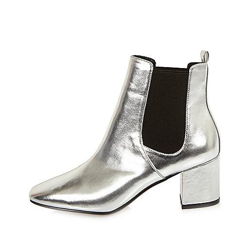 Silver block heel Chelsea boots