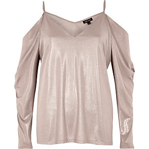 Metallic pink ruched cold shoulder top