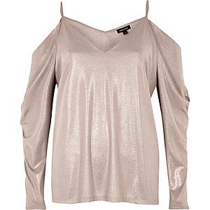 Metallic pink cold shoulder ruched sleeve top