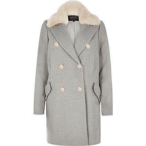 Grauer klassischer Mantel mit Kunstfellbesatz