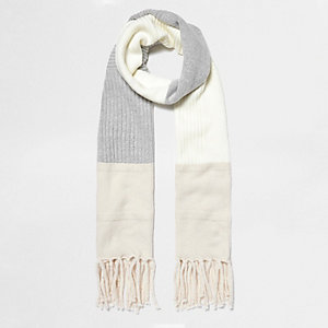 Cream block knitted scarf