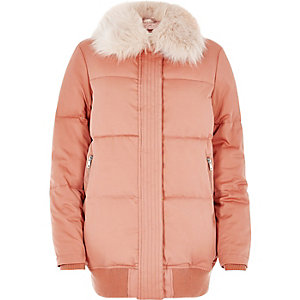 Pink padded coat with faux fur trim