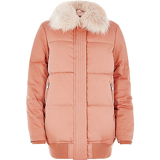 Pink puffer coat with faux fur trim