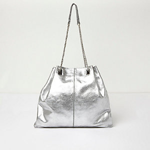SIlver leather chain handbag