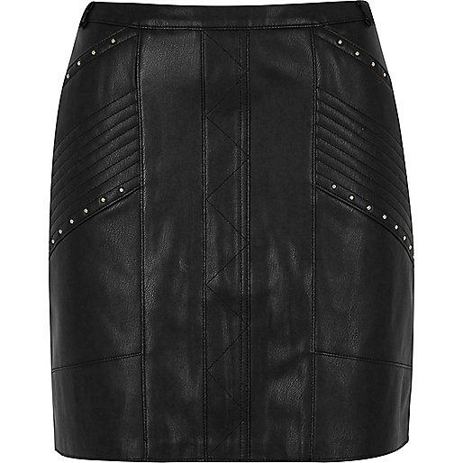 Mini-jupe noire cloutée style motard