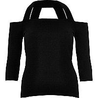 Top style Bardot noir à bretelles