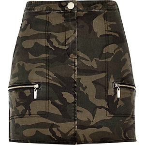 Khaki camouflage print mini skirt