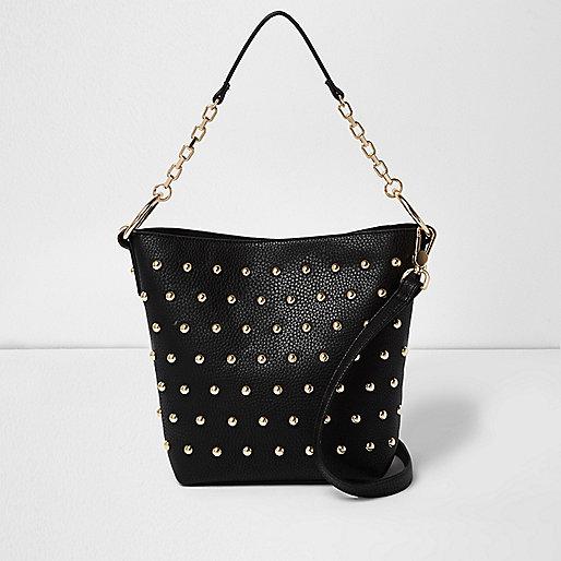 Schwarze Handtasche mit Nieten