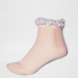 Light pink frilly ankle socks