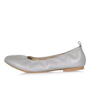 Grey ballet pumps