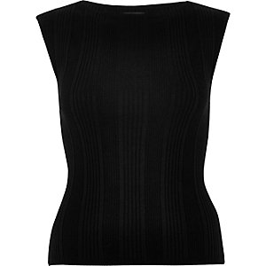 Black ribbed fitted top