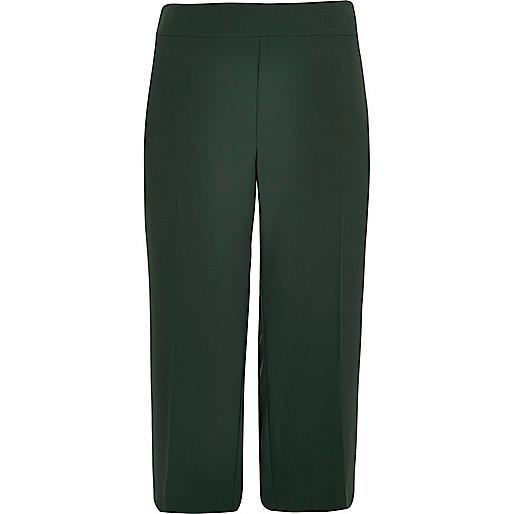 Plus green soft cropped pants