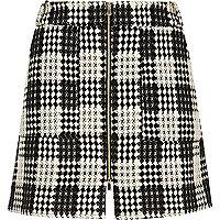 RI Plus black and white checked woven skirt