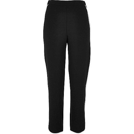 Pantalon de jogging noir à rayures contrastantes