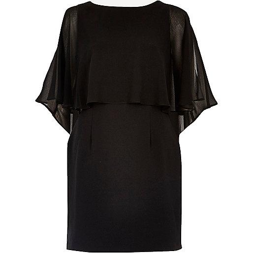 Mini-robe en mousseline noire style cape