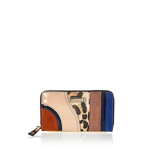 Brown swirl panelled zip purse