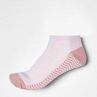 Pink stripe block sneaker socks