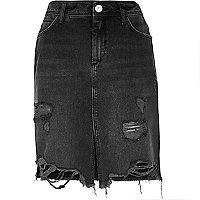 Jupe en jean mi-longue noir délavé déchirée