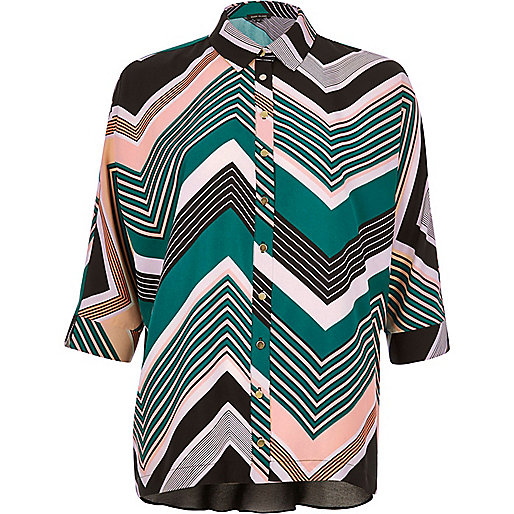 Green print chiffon back shirt