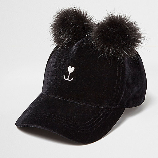 Casquette Kitty noire à pompon