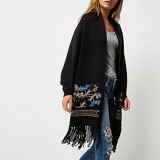 Schwarze, bestickte Strickjacke mit Schal