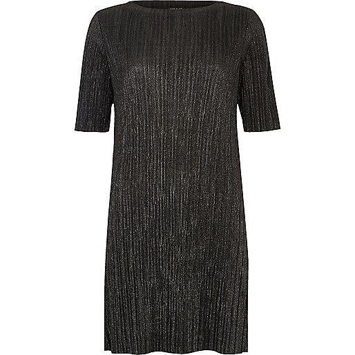 Robe plissée noire métallisée