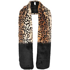 Chaussures imprimé léopard marron à talon carré