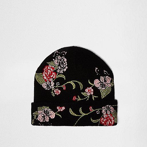 Schwarze Beanie mit Blumenstickerei