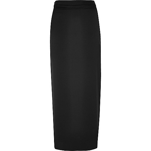 Black sleek maxi skirt