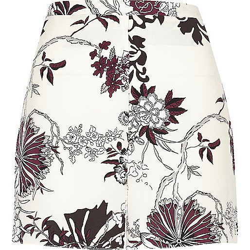Cream floral print woven shorts
