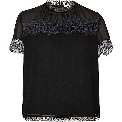 T-Shirt mit Spitzenakzent