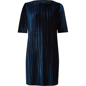 Navy velvet pleated dress