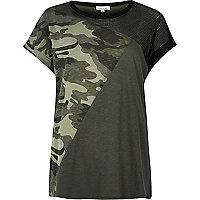 Boyfriend-T-Shirt in Khaki mit Camouflage-Muster mit Mesh-Einsatz