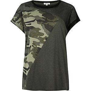 T-shirt boyfriend camouflage kaki avec empiècement en tulle