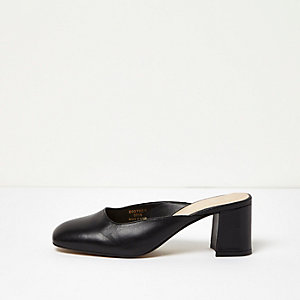 Black leather round toe mules