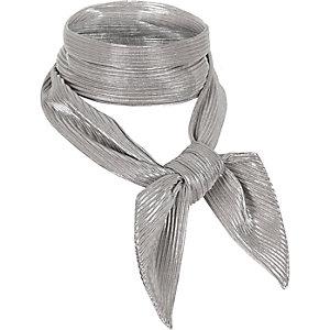Silver pleated necktie scarf
