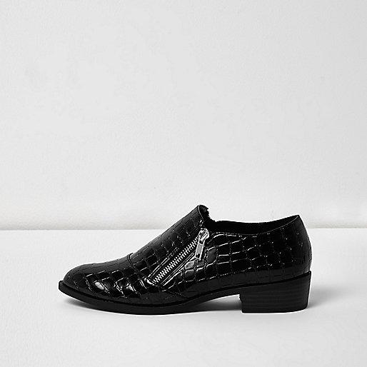 Black scale patent zip monk shoes