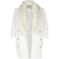 White faux fur collar blazer