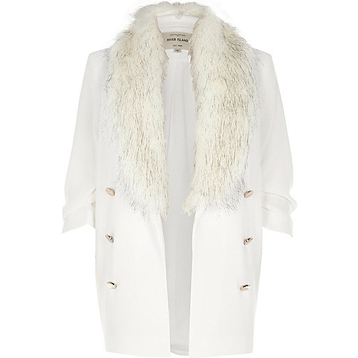 White faux fur collar blazer