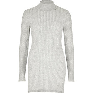 Grey cable knit tunic