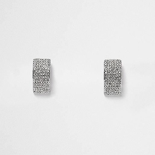 Boucles d'oreilles argentées ornées
