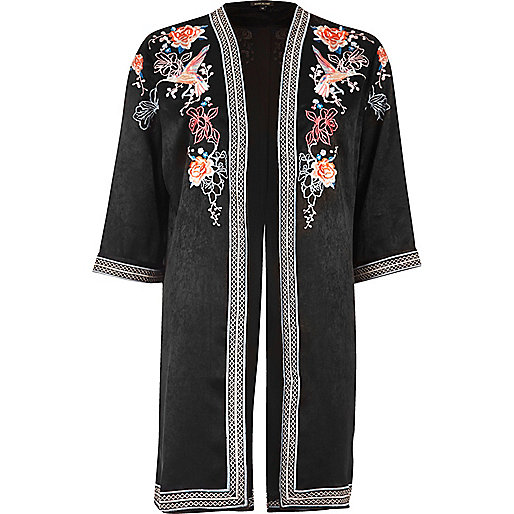 Kimono broderie florale noir